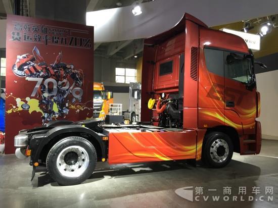 康明斯和奔驰动力车型齐登场 福田戴姆勒将亮相北京车展高清图片