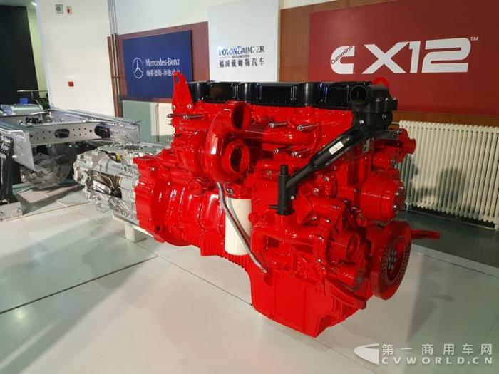 康明斯X12 12L发动机.jpg