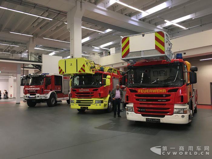 马基路斯体验中心内的各类消防车.JPG