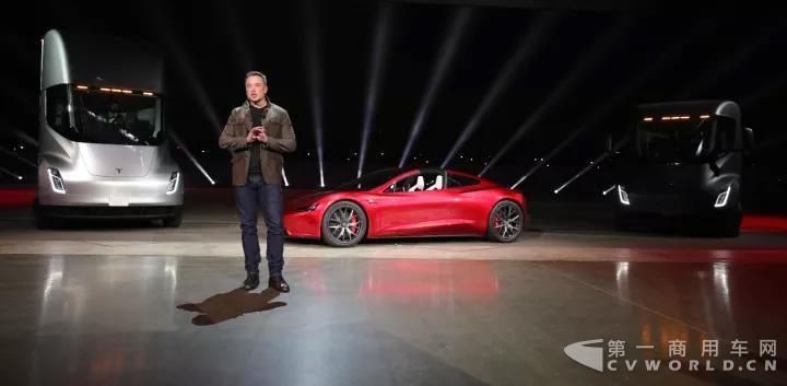 Tesla电动半挂卡车.jpg