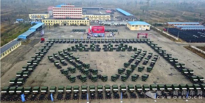 爆!交车300辆 订单600辆 徐工漢風引燃LNG重卡市场.jpg