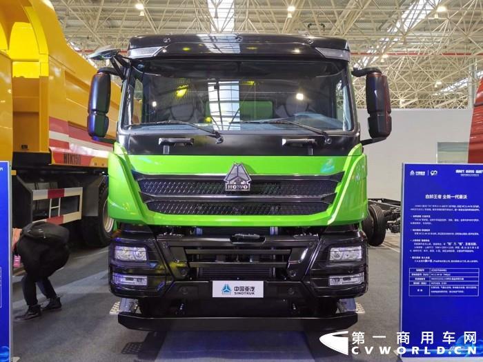 重汽豪沃TH7 6×4自卸车(豪华版),重汽MC11 国五发动机.jpg