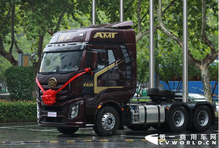 解放卡车.png